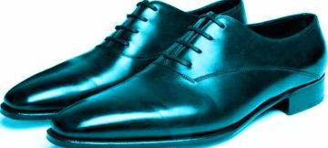 Ravvivare le scarpe: come fare per ammorbidirle